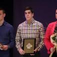 Naš zmaj Vladimir Simić na sinoć održanom Izboru najboljeg sportiste grada Tuzle za 2014. godinu proglašen je među najuspješnijim sportistima do 18. godina. Vladimiru čestitamo i želimo mu puno uspjeha […]